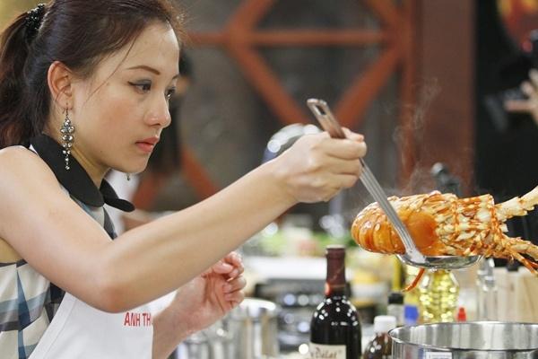 Anh Thu Master Chef: Ve chan dung bang mon an hinh anh