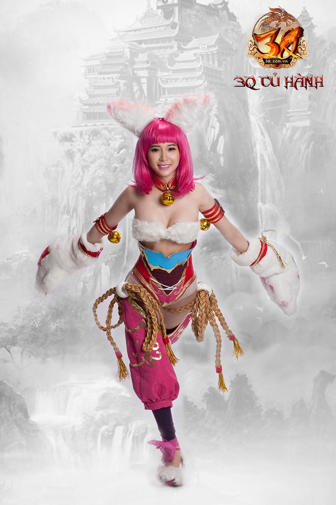 Hot girl Yan My cosplay nu tuong 3Q Cu Hanh hinh anh 3