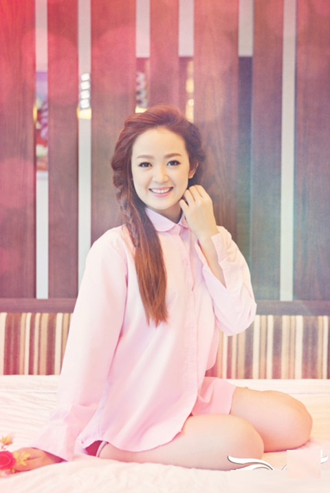 'Ban sao' Jang Nara ra mat album dau tay hinh anh 2