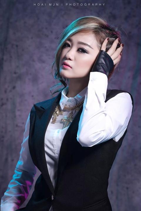'Ban sao' Jang Nara ra mat album dau tay hinh anh 4