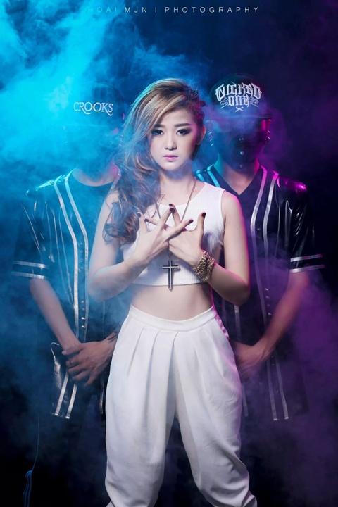 'Ban sao' Jang Nara ra mat album dau tay hinh anh 5