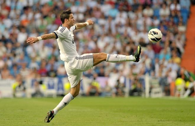 Cristiano Ronaldo san sang cho mua giai moi hinh anh