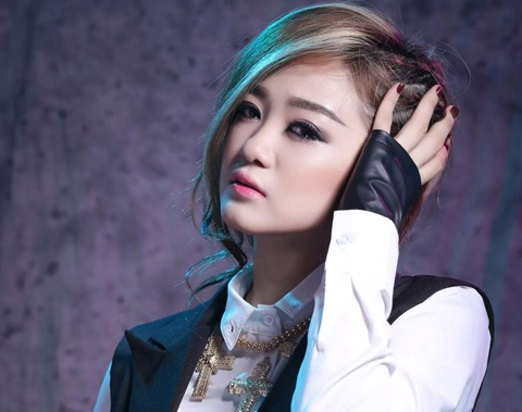 'Ban sao' Jang Nara ra mat album dau tay hinh anh