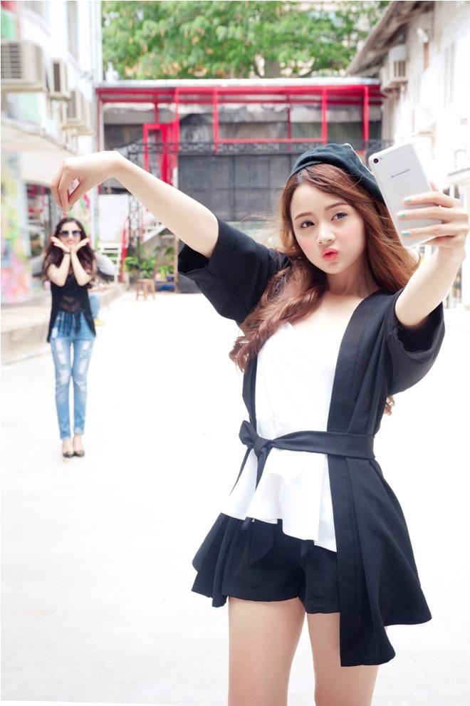 Bi quyet giup ban tre selfie pha cach hinh anh 3