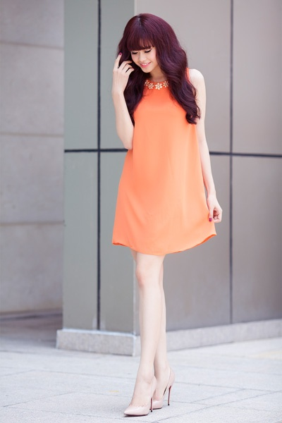 Street style thanh lich va goi cam cua Truong Quynh Anh hinh anh 2