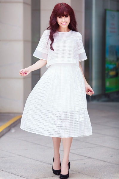 Street style thanh lich va goi cam cua Truong Quynh Anh hinh anh 5