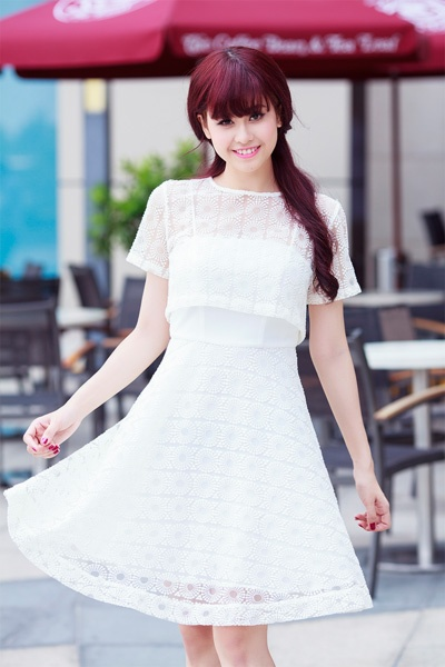 Street style thanh lich va goi cam cua Truong Quynh Anh hinh anh 7