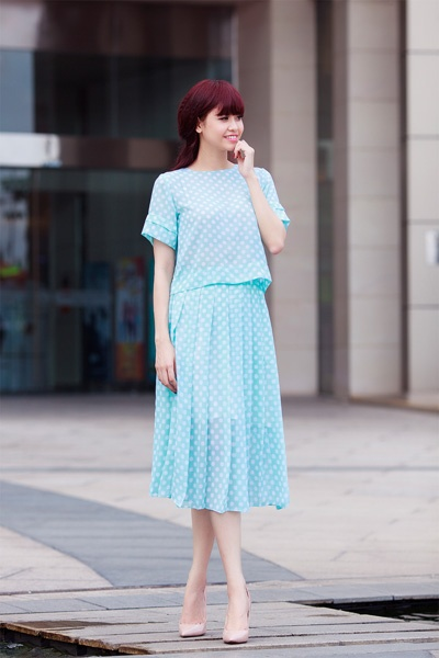 Street style thanh lich va goi cam cua Truong Quynh Anh hinh anh 9