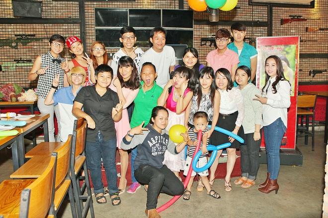 Thuy Duong rang ro trong buoi hop fan hinh anh 8