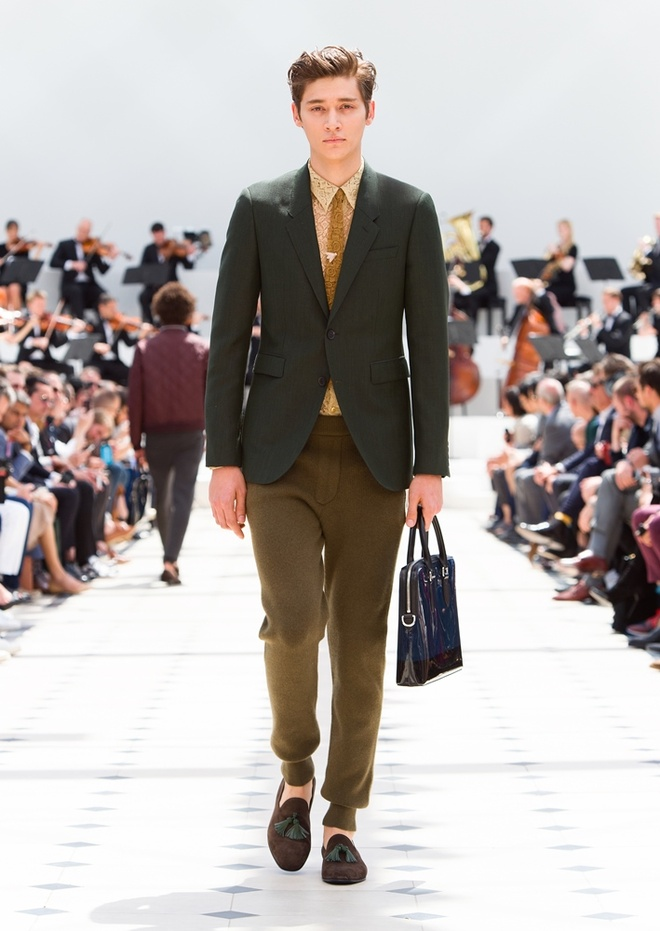 Burberry Prorsum Nam Xuan He 2016: Triet ly song cham hinh anh 11