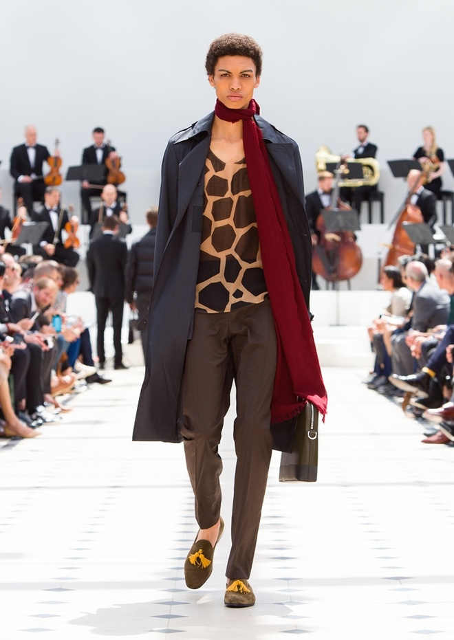Burberry Prorsum Nam Xuan He 2016: Triet ly song cham hinh anh 4
