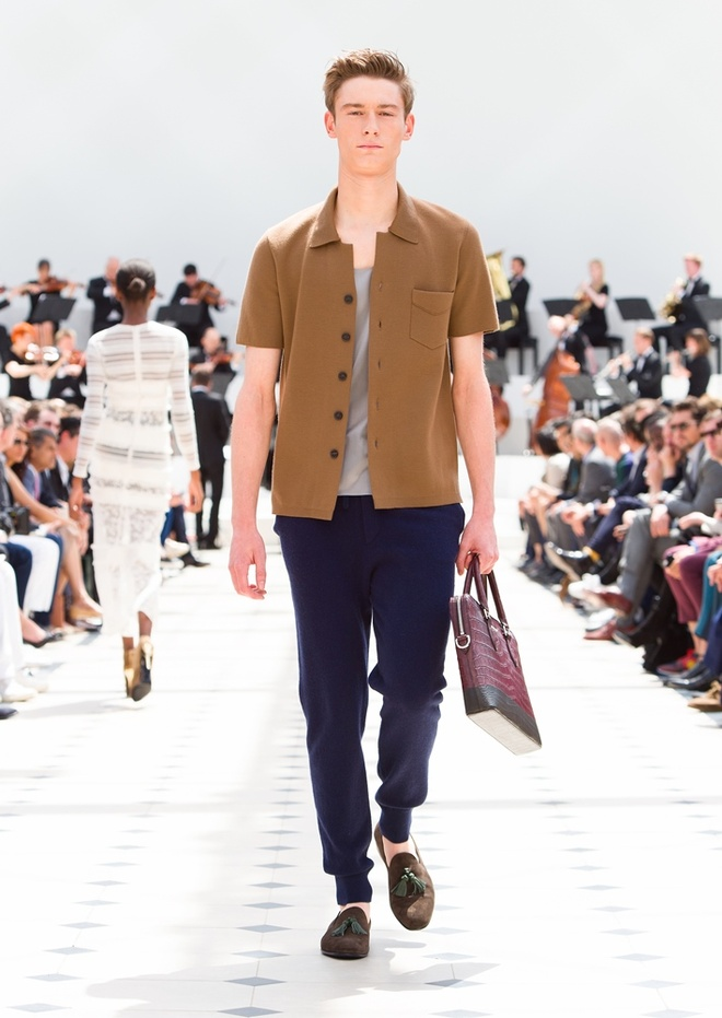 Burberry Prorsum Nam Xuan He 2016: Triet ly song cham hinh anh 5