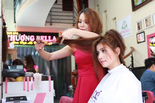 Thuong Bella: Noi lam toc cua dien vien Kha Ly va Thanh Duy hinh anh 1