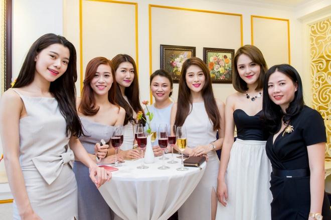Khai truong DAHLIA Spa tai Ha Noi hinh anh