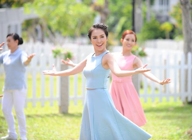 Hien Thuc tung MV moi sau mot nam vang bong hinh anh