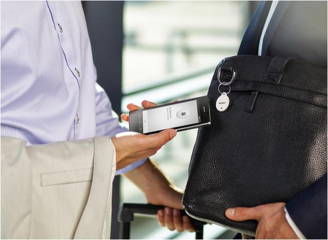 Nguoi dung hao huc mua Sony Xperia Z1 gia 2,9 trieu dong hinh anh 4 Với các thẻ Smart Tag, nhiều ứng dụng thú vị sẽ ra đời.