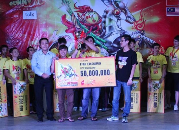 Gunner Việt toàn thắng tại hạng mục cá nhân và tổ đội.