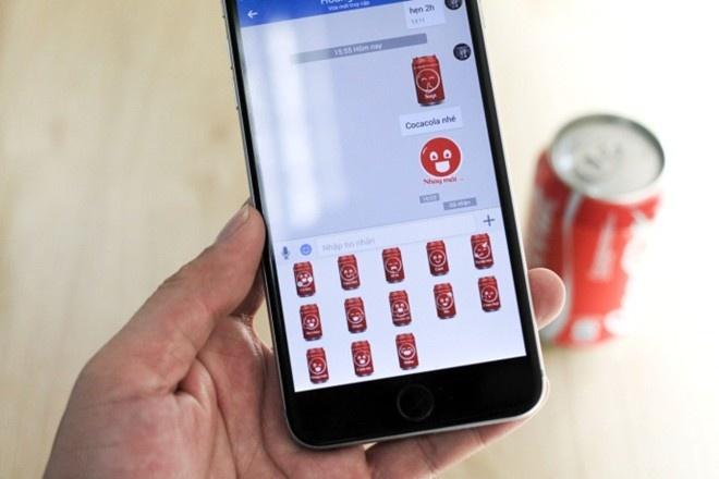 Sticker cam xuc cua Coca-Cola lap ky luc download tren Zalo hinh anh