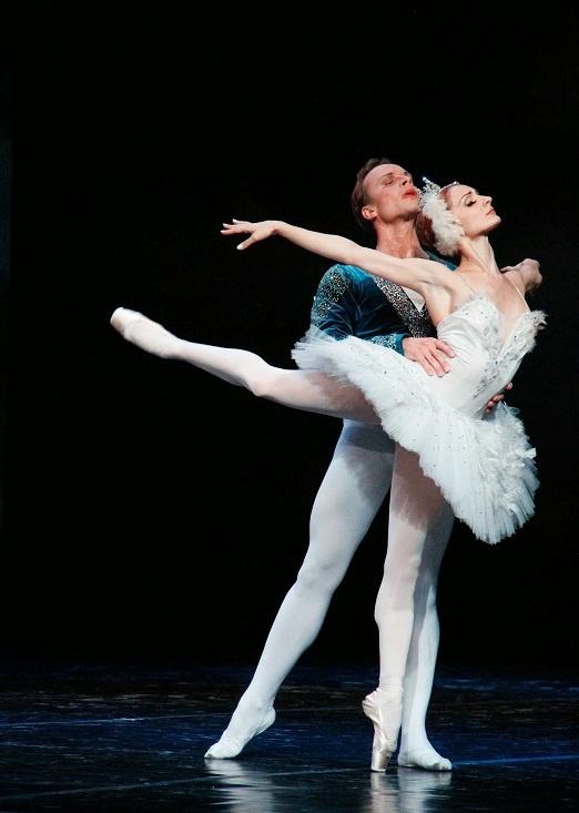 Ho Thien Nga: Vo ballet kinh dien trong ky nguyen giai tri hinh anh 1