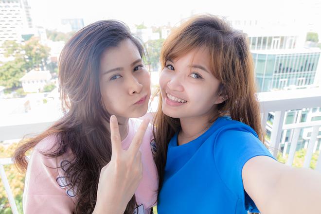 Bi quyet selfie tuyet dep cho ban gai hinh anh