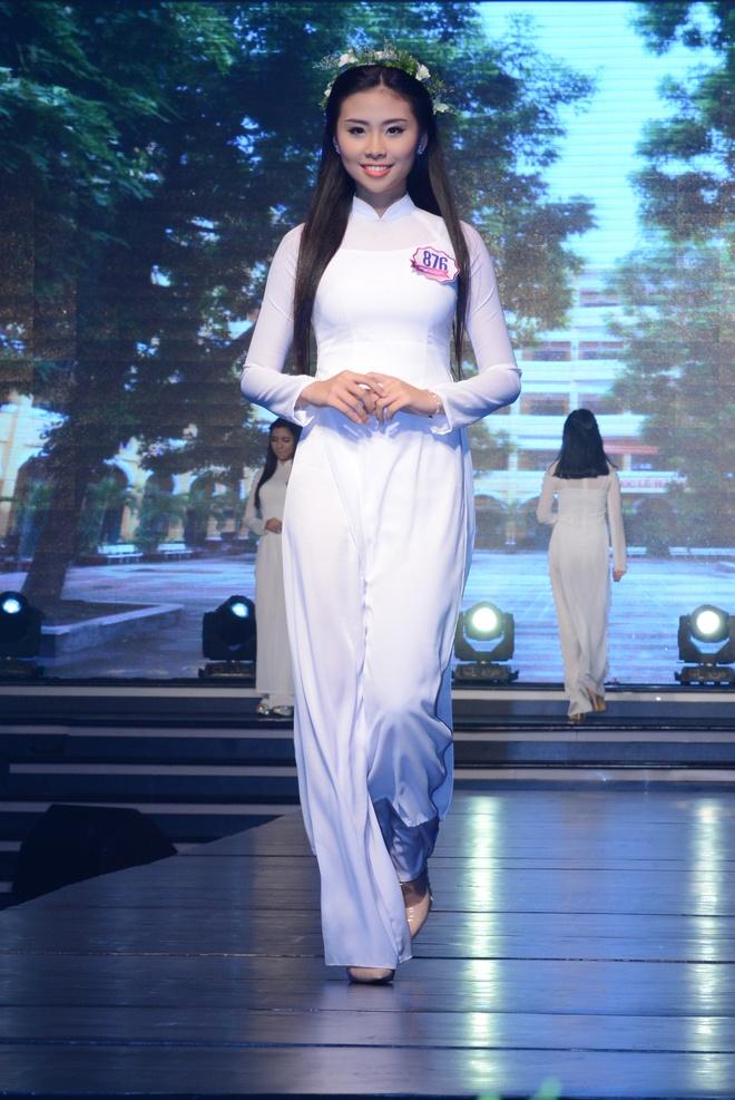 Nu sinh THPT chuyen Le Hong Phong duoc vinh danh Miss Ao dai hinh anh 1