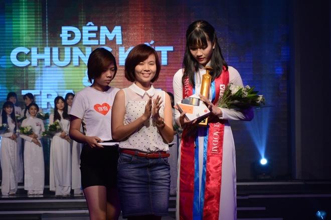 Nu sinh THPT chuyen Le Hong Phong duoc vinh danh Miss Ao dai hinh anh 10