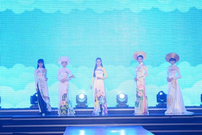 Nu sinh THPT chuyen Le Hong Phong duoc vinh danh Miss Ao dai hinh anh 3