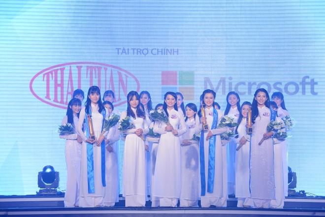 Nu sinh THPT chuyen Le Hong Phong duoc vinh danh Miss Ao dai hinh anh 7