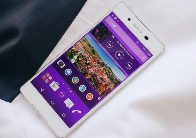 Nhung smartphone chong nuoc dang chu y hinh anh