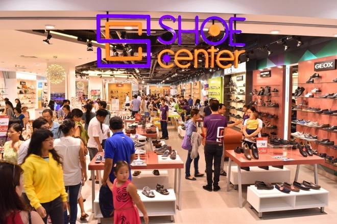 Khai truong cua hang ban le Shoe Center hinh anh