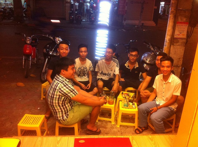 Teen Hà Thành mê mẩn với trào lưu mới tại Thái 2bla.