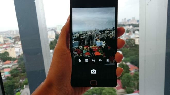 Camera 13 MP cho hình ảnh sắc nét