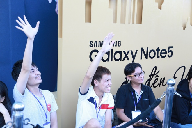 Fan Viet noi ve Samsung Galaxy Note 5 hinh anh