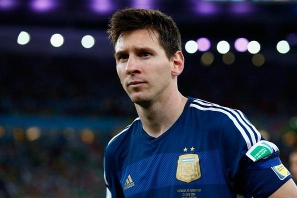 Niem dam me bong da bat tan cua Lionel Messi hinh anh 3