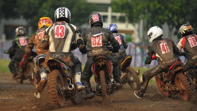 Suc hut cua 'Vietnam Motorbike Festival 2015' hinh anh
