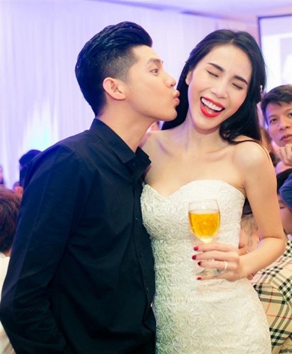 """Noo Phuoc Thinh: 'Moi quan he voi Thuy Tien khong ran nut' hinh anh 2 """"Bản thân tôi và chị Tiên không có rạn nứt nào cả"""", Noo Phước Thịnh chia sẻ."""