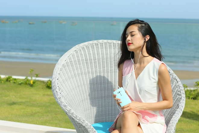 Bo anh tuoi tre cua nguoi mau Ha Vy voi ZenFone Selfie hinh anh