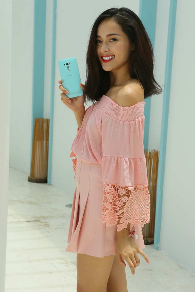 Bo anh tuoi tre cua nguoi mau Ha Vy voi ZenFone Selfie hinh anh 3 Người mẫu trẻ Hạ Vy chọn smartphone này cũng bởi vẻ ngoài nữ tính của máy.