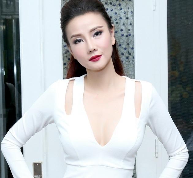 Duong Yen Ngoc: 'Phau thuat tham my de thay doi sau ly hon' hinh anh