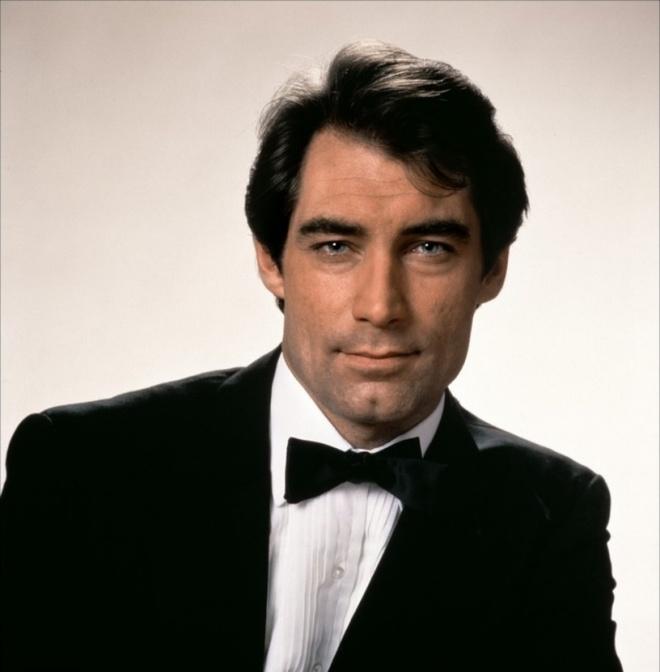 Diem lai cac phien ban James Bond an tuong hinh anh 3