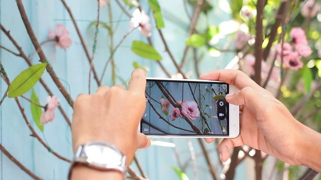 Arbutus AR5: Smartphone man hinh cong 2.5D kich thuoc 5 inch hinh anh