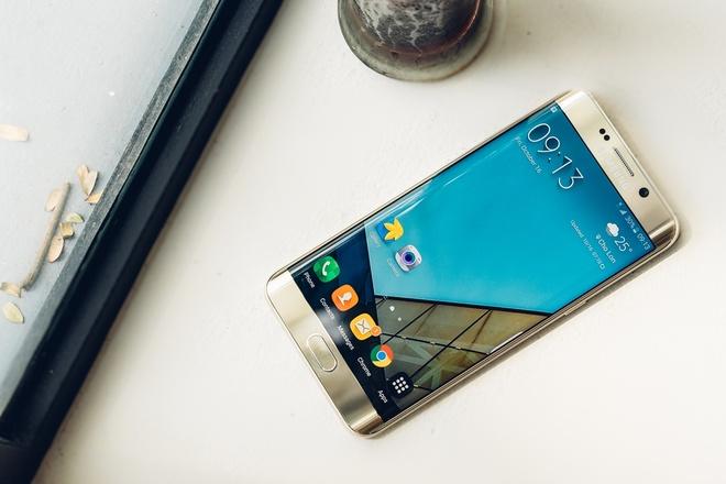 Gioi cong nghe noi gi ve Galaxy S6 edge+? hinh anh