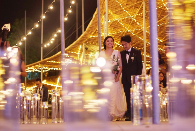 Trung tam tiec ngoai troi bang giay boi dau tien o Ha Noi hinh anh 6 Những bữa tiệc tối bừng sáng dưới hệ thống đèn đặc biệt của Paper – Pavilion.