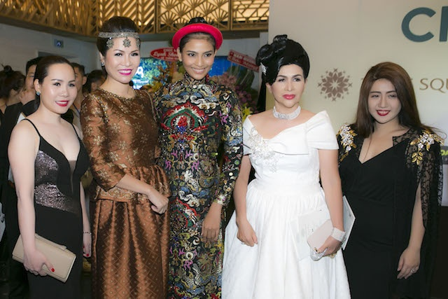 Dan sao Viet hoi tu tai 'LYNK fashion show' hinh anh 7