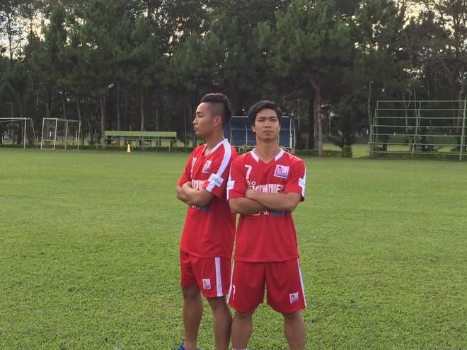 Cong Phuong, Tuan Tai doi dau tai vong Chung ket U21 Quoc te hinh anh 1