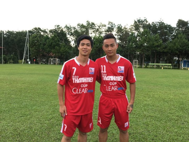 Cong Phuong, Tuan Tai doi dau tai vong Chung ket U21 Quoc te hinh anh