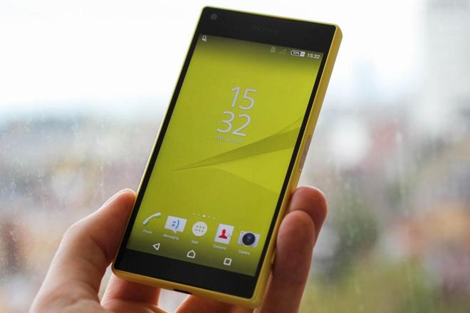 Sony Xperia Z5 Compact ra mat phien ban mau vang va hong hinh anh 3