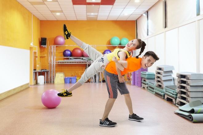 Bi kip khoi dong ngay moi cho ban tre hinh anh 1 F5 cơ thể bằng các động tác vận động đơn giản để duy trì sức khỏe