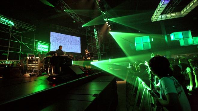 Dan DJ quoc te do bo cac su kien am nhac cuoi nam hinh anh 5 Heineken Green Room và Countdown Party là chuỗi sự kiện thu hút sự quan tâm của giới trẻ mùa lễ hội cuối năm.