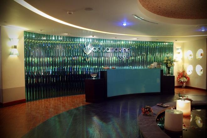 Uu dai lon tai Aquamarine Spa khi lam dep dip cuoi nam hinh anh 3 Phái đẹp hài lòng với không gian thư giãn, phảng phất hương hoa tại Aquamarine Spa